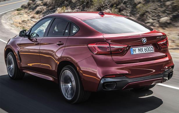 BMW X6 M вид сзади