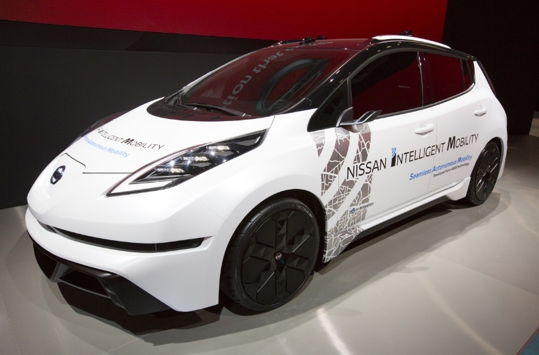 https://automoto.ua/uploads/file/5d/7a/f6/94/nissan-leaf-ces-2017-6.jpg